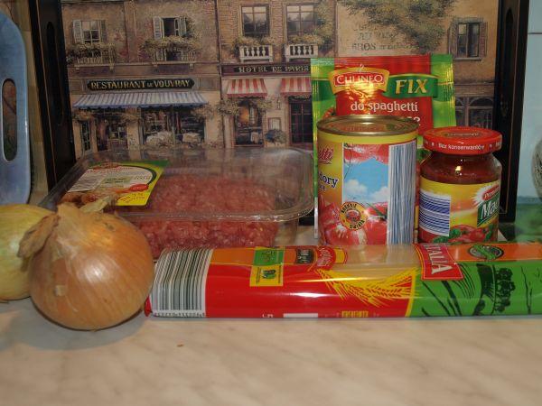 Ogl±dasz fotografie z Witryny Kulinarnej Spaghetti po boloñsku